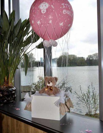 Babyshower-cadeaubox + heliumballon XXL